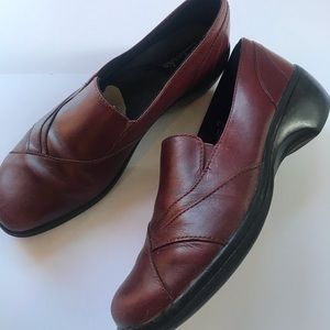 Clarks women's leather casual shoes size 7.5